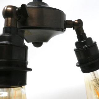 Sospensione a 3 luci in ottone brunito stile industrial